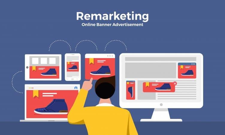 Grafik mit Mann, der sich einen blauen Schuh in einem Internet Shop anschaut. Daneben verschiedene Screens mit Bannern zum gleichen Produkt.